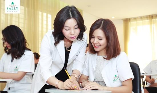 Trường dạy nghề thẩm mỹ tổ chức cuộc thi phun thêu 2016 ảnh 1