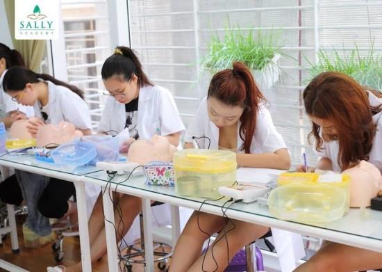 Cơ sở dạy học phun xăm thẩm mỹ ở Hà Nội uy tín nhất ?-2